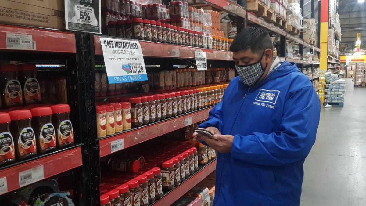 voluntarios-organizaciones-sociales-controlaron-precios-supermercados-todo-el-pais-foto-barrios-pie